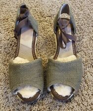 Ugg Women's Wedge Shoes Size 8