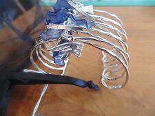 New England Patriots NFL Bracelet Football silver blue tone Charm logo art Herrf