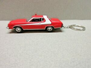 RED  1976 TORINO POLICE CAR CUSTOM DIE CAST   KEY CHAIN 1/64 SCALE