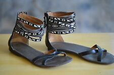NINE WEST Leather Sandals Sz 5 M Ankle Straps Strappy Embroidered BOHO Zip Back