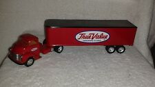 ERTL TRUE VALUE HARDWARE STORE 1950 CHEVY CAB and TRAILOR