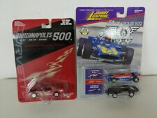 Johnny Lightning 1:64 Indy 500 Winner/Pace Car Set & R/CH 2002 Indy 500 Pace Car