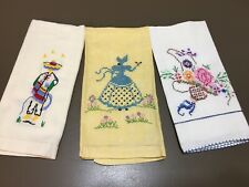 3 Vtg Finger Tip Guest Towels Hand Embroidered Linen Cotton Excellent Unused F19
