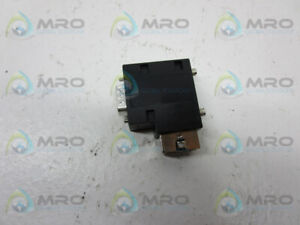 BECKHOFF ZB3100 CONNECTOR * NEW NO BOX *