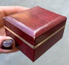 VINTAGE RING BOX VELVET ON THE INSIDE VINTAGE JEWELRY BOX STURDY