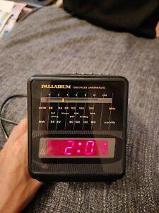 Palladium Radiowecker mit UKW und MW, 80er Jahre Wecker, Schwarz, Retro, Vintage