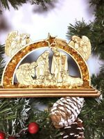 Deko-Weihnachtskrippe Krippenstall Aus Birkenholz mit Bernstein gefüllt.