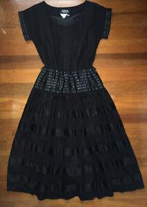 Glenys Imports Ladies Vintage Retro Black Short Sleeve A Line Dress Size 8