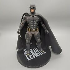 Mezco Toys One: 12 Collective JUSTICE LEAGUE Tactical Suit BATMAN Figure DC