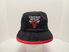 MITCHELL & NESS NBA THEN AND NOW REVERSIBLE BUCKET CAP HAT CHICAGO BULLS S/M
