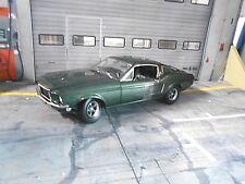 FORD Mustang GT Coupe 1968 Steve McQueen BULLITT green + Figur Greenlight 1:18
