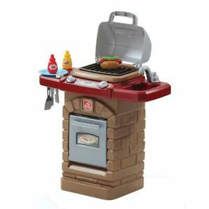 Step2 Fixin' Fun Outdoor Grill - Kids Kitchen Pretend Role Play