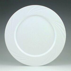 "Newbury White Plastic Dinner Plates 10.75"" 15 Pack White Plastic Tableware"