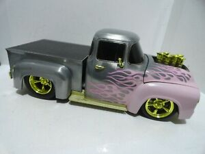 @@ M2 Ground Pounders 1/24 scale RAW CHASE 1956 Ford F-100 with PINK FLAMES @@