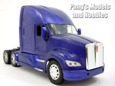 Kenworth T700 1/32 Scale Diecast Metal and Plastic Model  - Blue