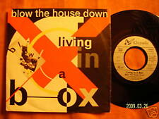 Living in a box - Blow the house down / Dance the .....