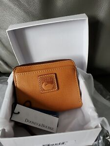 Dooney & Bourke Florentine Small Zip Around Wallet in Natural
