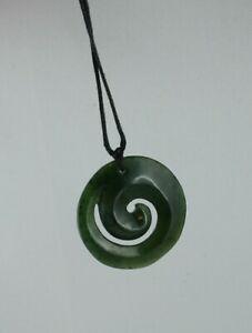 Maori Jade Carving  Koru  aus Neuseeland  Nephrit Jade
