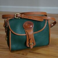 VTG Dooney & Bourke Essex Shoulder Bag Crossbody Green Pebbled AWL Leather Brass
