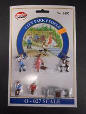 Model Power O Scale City Park People Pack (5 Figures, 1 Chess Table) - MP6197