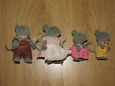 Sylvanian Families Vintage Thistlethorn Grey Mouse Family / Figure's