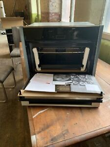 NEFF C17MR02NOB 1000W Built-in Combination Oven with Microwave New X Display ..