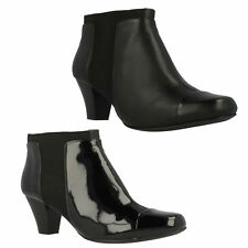 LODGE GATES LADIES CLARKS PULL ON FORMAL OFFICE PATENT LEATHER CHELSEA BOOTS
