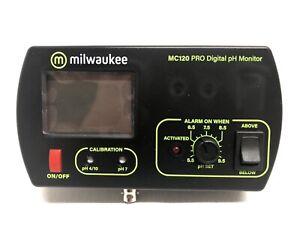 Milwaukee PRO Digital Monitors  MC120 pH Monitor With Mounting Kit