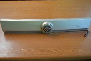 08-11 MERCURY MARINER LIFT GATE FILLER PANEL WITH HANDLE