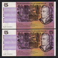 Australia R-204. (1972) Five Dollars - Phillips/Wheeler.. UNC - CONSECUTIVE Pair