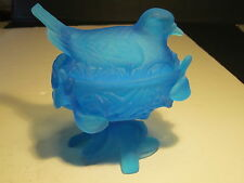 VTG 1953 Westmoreland Blue Mist Satin Glass Robin Bird On Nest Covered Dish Set