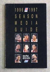 PHOENIX SUNS NBA BASKETBALL MEDIA GUIDE - 1996 1997 - NEAR MINT