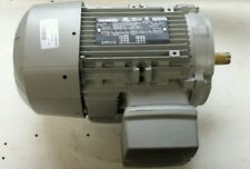 NEW IN BOX SIEMENS  1LE21211AB314EA3 MOTOR 1.5HP, 1740 RPM, GP100A 3PH