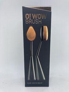 NIB Cailyn O! Wow Makeup Brush w/ Cap