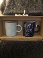 """Rae Dunn """"Home Is Where Mom/Dad Is"""" Coffee Mug Set With Wooden Lid. New In Box"""