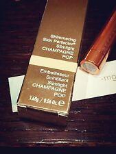 BECCA Jaclyn Hill Shimmering Skin Perfector Slimlight Champagne Pop Highlighter