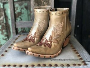 Ariat Women's Topaz Distressed Gold Studded Ankle Boots 10031554