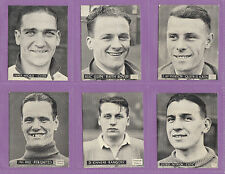 TOPICAL  TIMES  -  VERY  RARE  SET OF  24  SCOTTISH  FOOTBALLERS  CARDS  -  1939