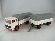 Dinky Toys 912 Mercedes Benz LP1920 truck and trailer
