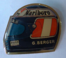 Pin's pin CASQUE GERHARD BERGER Pilote automobile de course F1 MARLBORO ref CL03