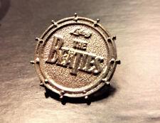 """THE BEATLES   """" Logo Drums """" -   Metal  PIN  -  Vintage 90s"""
