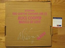ALICE COOPER signed MUSCLE OF LOVE 1973 Record / Album PSA DNA AD11333