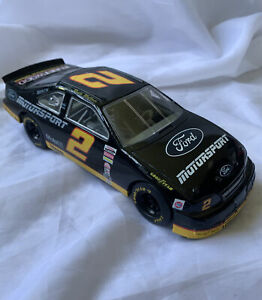1995 Rusty Wallace #2 Ford Motorsport Racing Champions 1:24 Diecast NASCAR