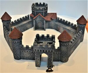 LOD Barzso Painted Fortified Abbey Medieval Knight Set