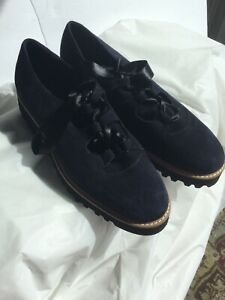Ron White Women's shoes Black size 38 1/2 US (8.5)Suede Oxfords leather Italia m