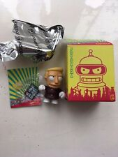 "In scatola 3"" piccoli Kidrobot FUTURAMA SERIES 1 Zapp Brannigan Action Figure COMPLETO"