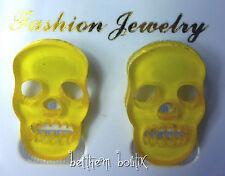 Goth : Boucles d' Oreille Clou Puce Tête de Mort JAUNE Transparent Gothique