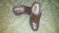 EASTLAND Double Deal Loafers Brown Smooth Toe Leather Women's 9.5 M 3330-02 EUC