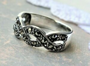 My S Collection 925 Sterling Silver Marcasite Contemporary Infinity RING