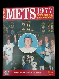 New York Mets~1977 Official Yearbook Roster as of 3/23/77~Jerry Koosman on Cover